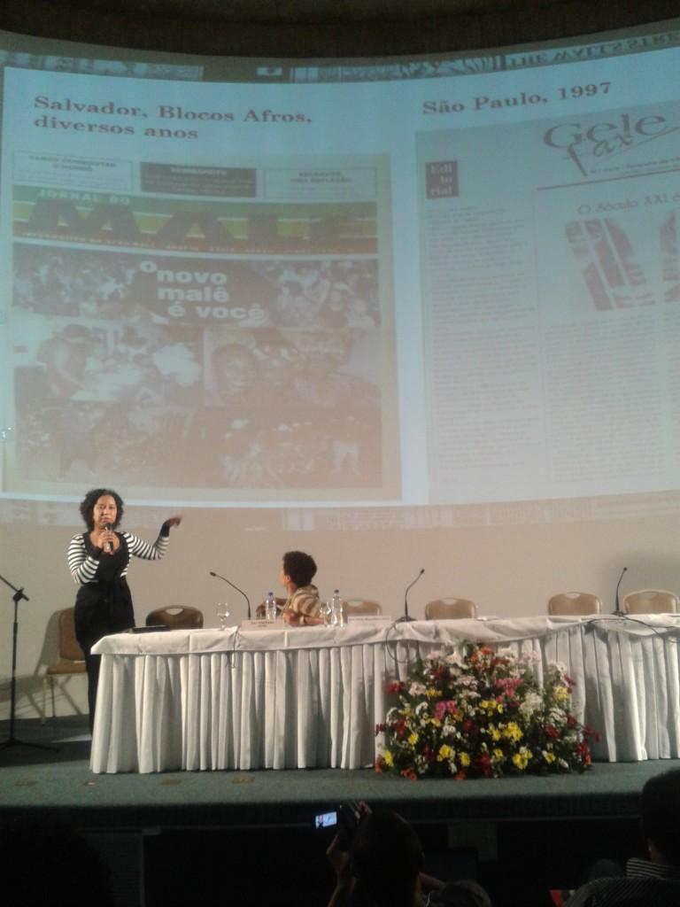 """Palestra """"Comunicação Negra: Um Panorama"""" com a  doutoranda em História pela Unicamp, Ana Flávia Magalhães Pinto."""