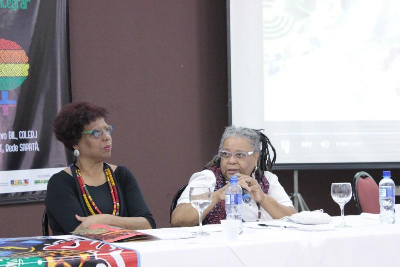 Heliana Hemetério e Neusa das Dores - Foto: Rede de Mulheres Negras -PR
