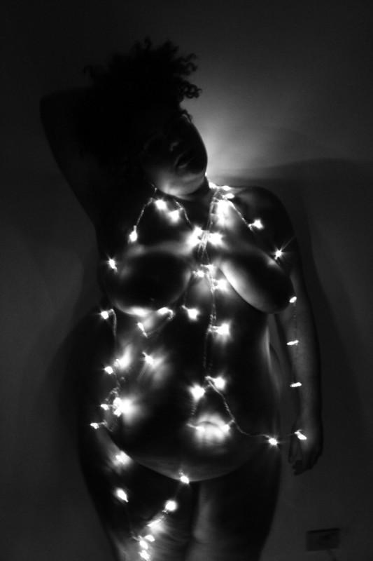 possibilidades no ócio, luzes, corpo gordo. Março 2015 By  Jamille Nunes